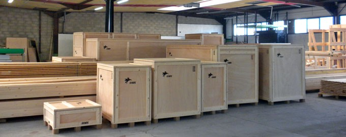 Production of customized crates
