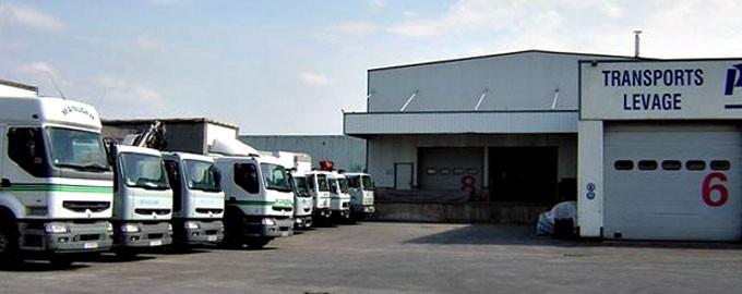 Des véhicules récents et variés, adaptés à tous types d'accès