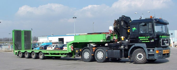 Trailers adapted to any type of exceptional load and transport