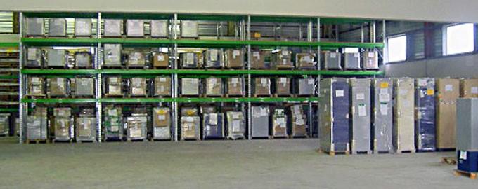 Un entrepôt de 1000m², facile d'accès, adapté à vos stocks