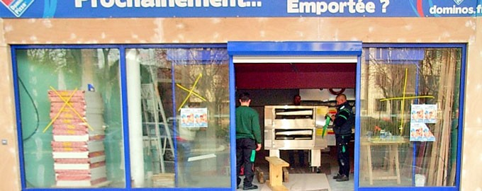 Delivery pizza ovens for restaurants