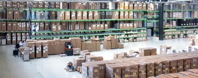 200.000 m² de almacenes en Europa