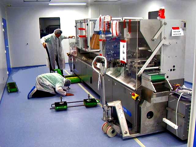 Déménagement complet d'hôpital, manutention de matériel médical de haute technologie par Bovis Transports
