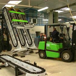 Manutention lourde de machines outils dans des environnements restreints par STMO