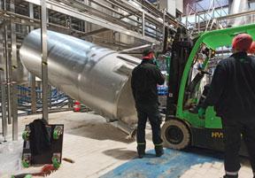 Relevage de cuves industrielles en région parisienne par Marchal Technologies